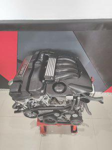 BMW 318i (E36) / 320i (E90) N42